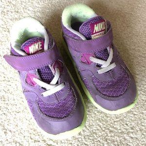 Nike toddler girls sneakers
